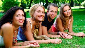 Asistencia médica jóvenes