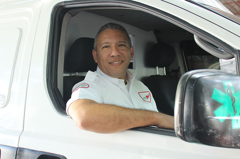 Paramédico Jose Fabian Acosta